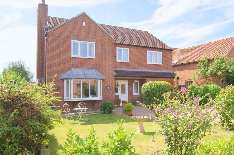 4 Bedrooms Detached House for sale in Redthorn Way, Claypole