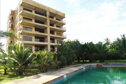 4 bedroom apartment - Kikambala Beach