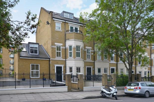 6 Bedrooms Semi Detached House for sale in Busby Place, Kentish Town, NW5
