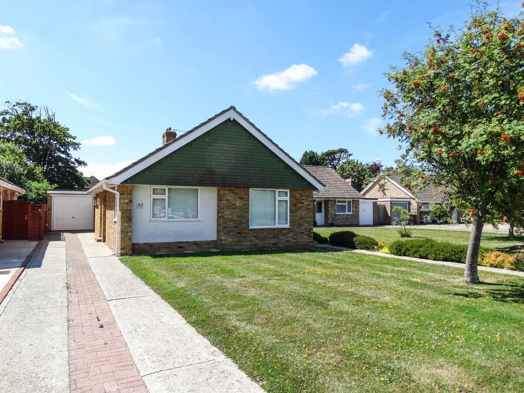 2 Bedrooms Detached Bungalow for sale in Christchurch Crescent, West Meads
