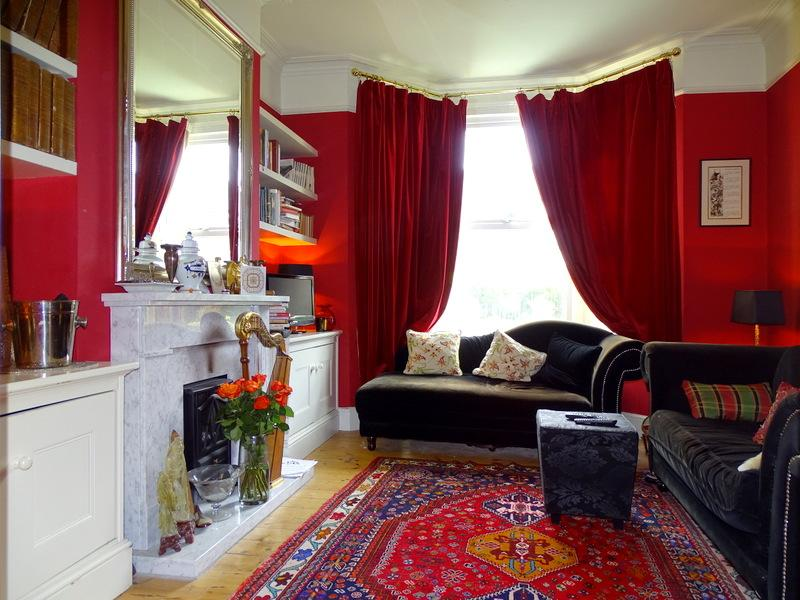 3 Bedrooms House for sale in Popes Lane, Ealing