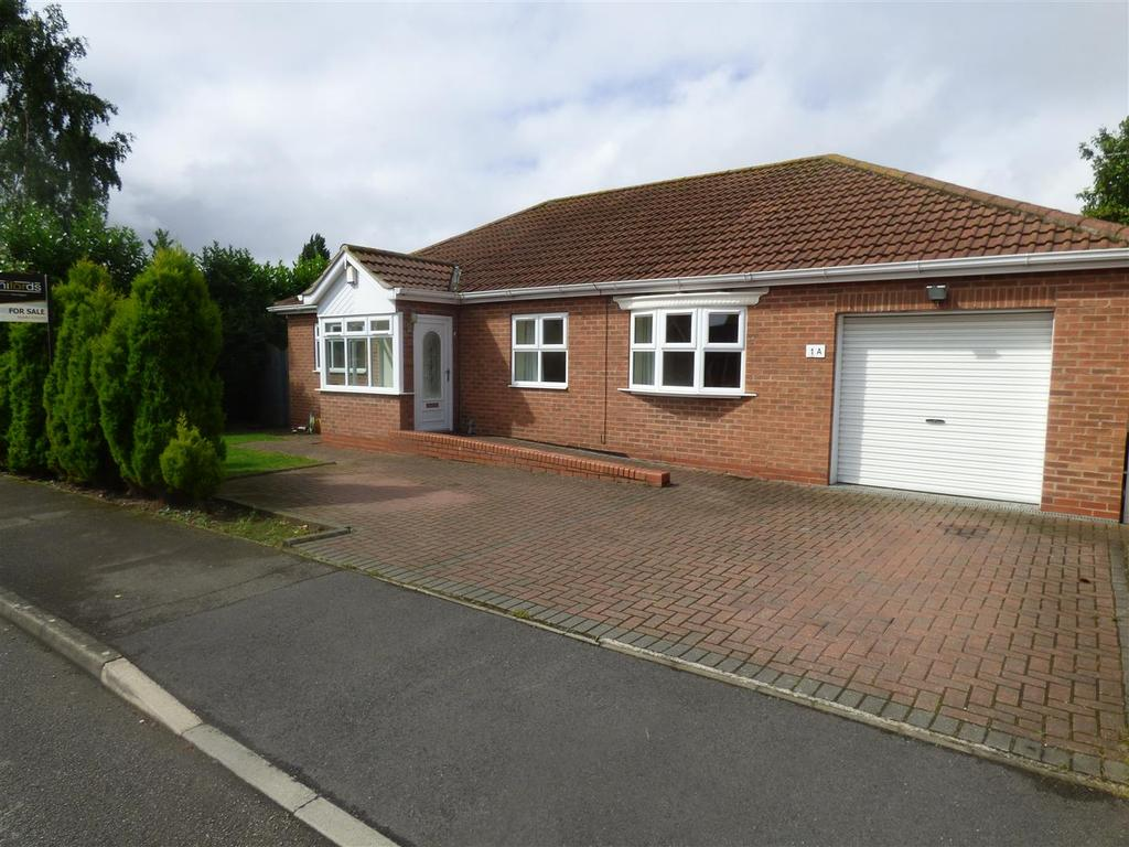 4 Bedrooms Detached Bungalow for sale in The Willows, Hessle