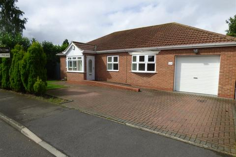 4 bedroom detached bungalow for sale - The Willows, Hessle
