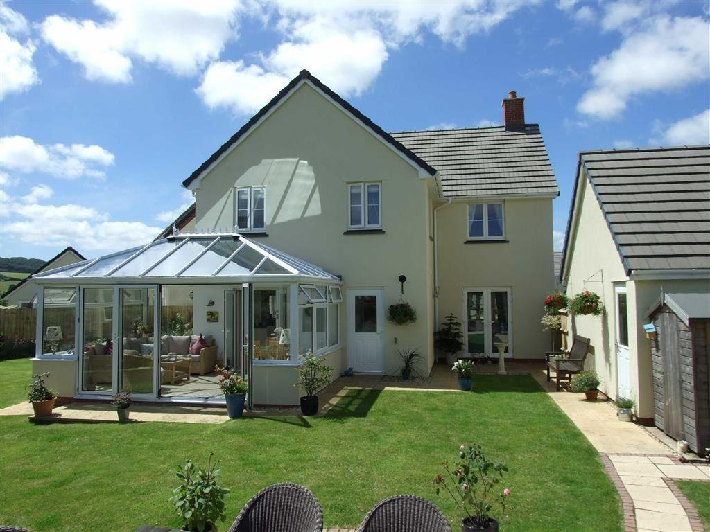 4 Bedrooms Detached House for sale in Loring Fields, Landkey, Barnstaple, Devon, EX32