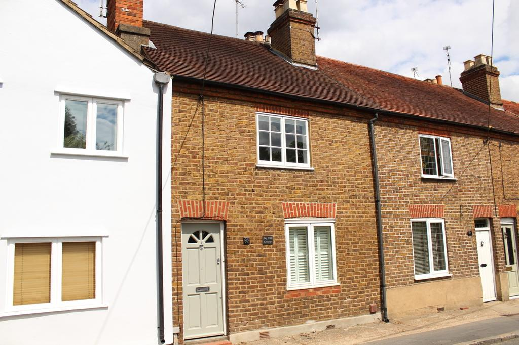 2 Bedrooms Cottage House for sale in Oxford Road