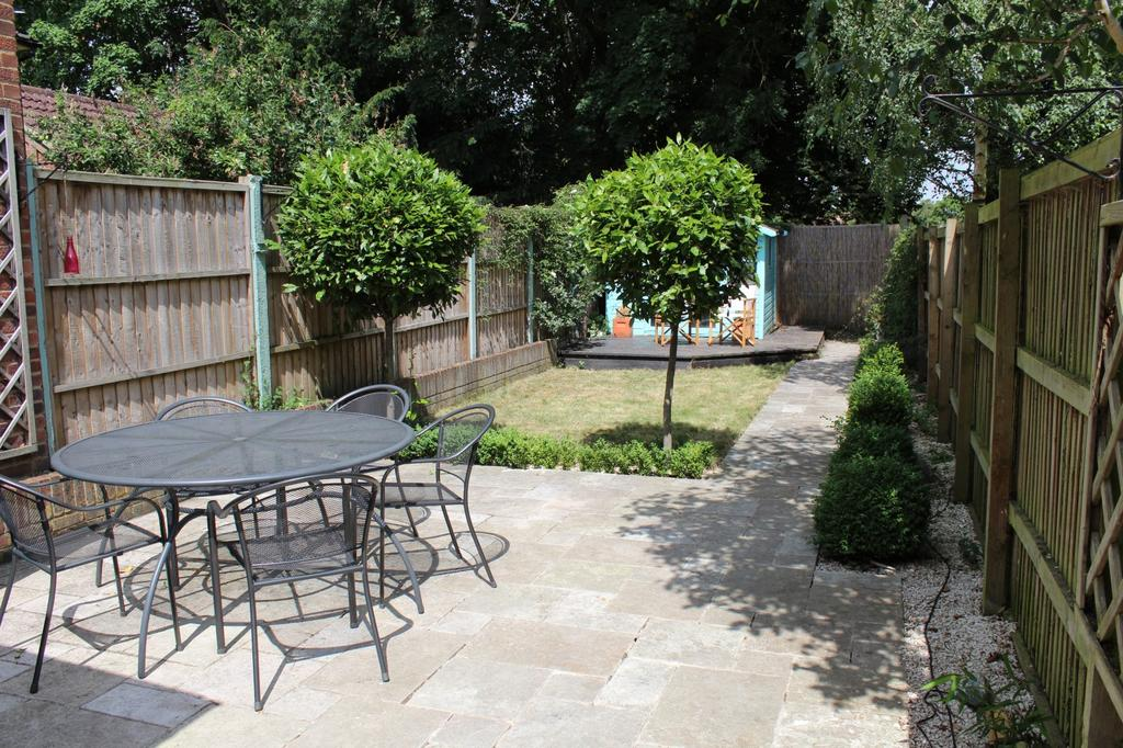 2 Bedrooms Cottage House for sale in Oxford Road, Marlow