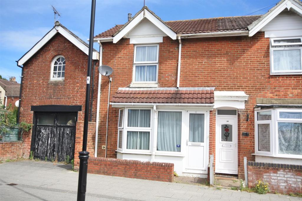 3 Bedrooms Semi Detached House for sale in Factory Road, Eastleigh