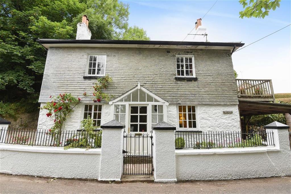 4 Bedrooms Detached House for sale in Ipplepen Road, Marldon, Devon, TQ3