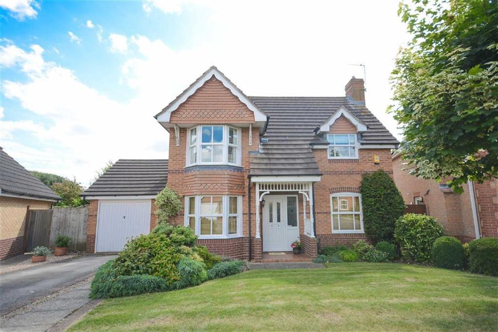3 Bedrooms Detached House for sale in Langstrath Drive, West Bridgford