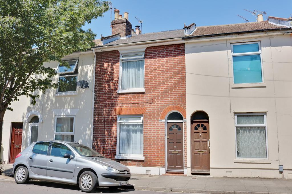 2 Bedrooms Terraced House for sale in Stansted Road, Southsea
