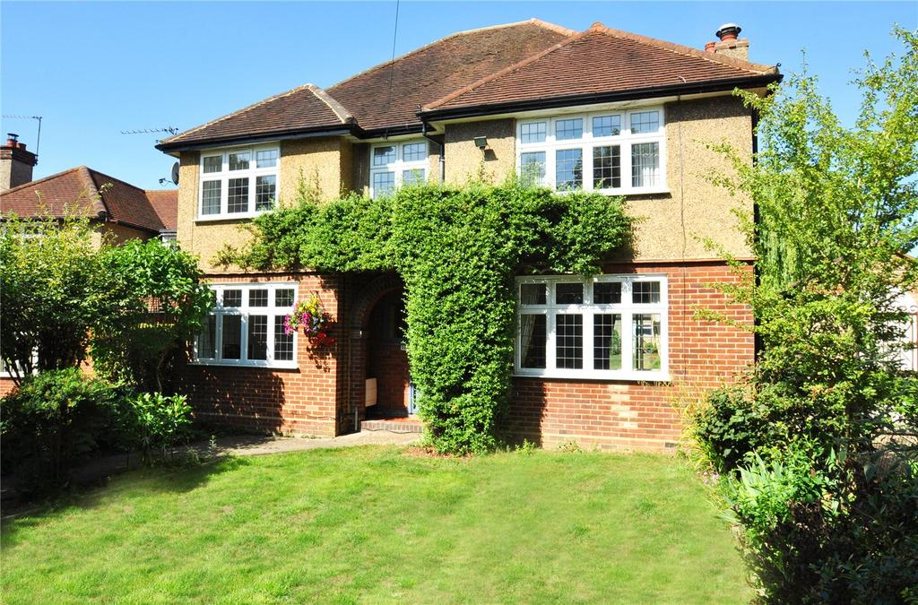 4 Bedrooms Detached House for sale in Watling Street, Park Street, St. Albans, Hertfordshire