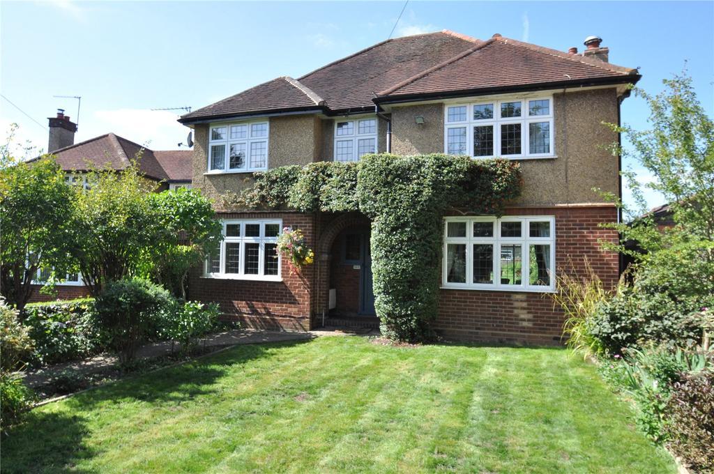 4 Bedrooms Detached House for sale in Watling Street, Park Street, St. Albans, Hertfordshire