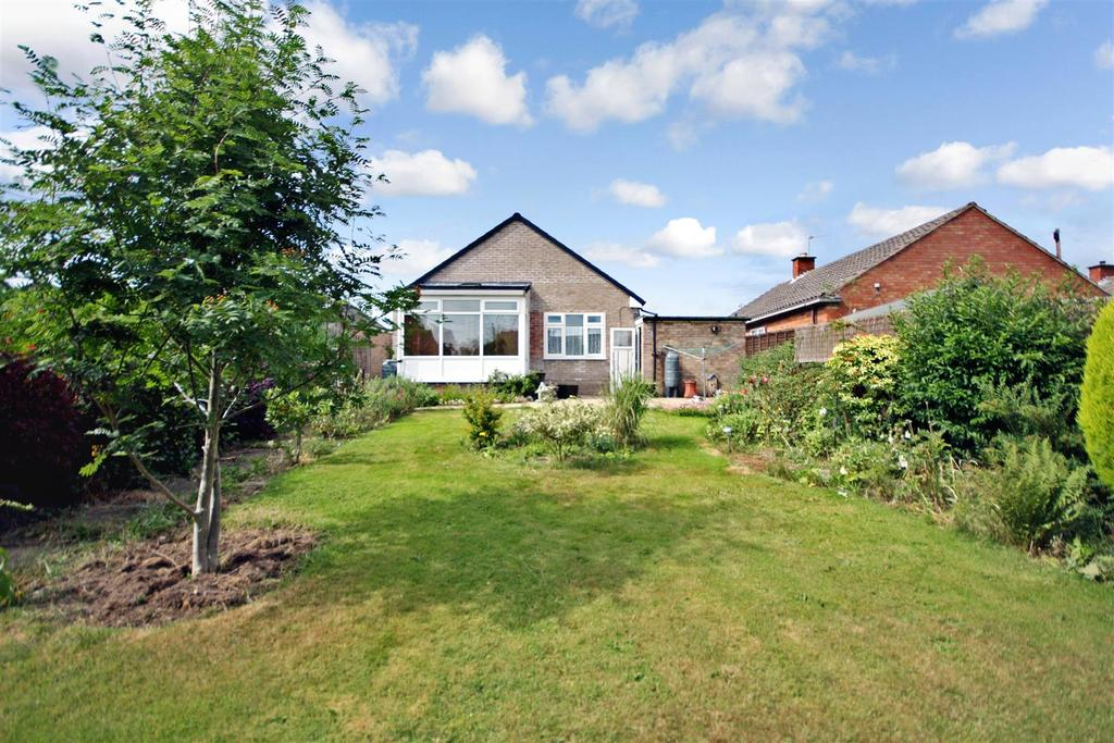 3 Bedrooms Detached Bungalow for sale in Greyfriars, Oswestry