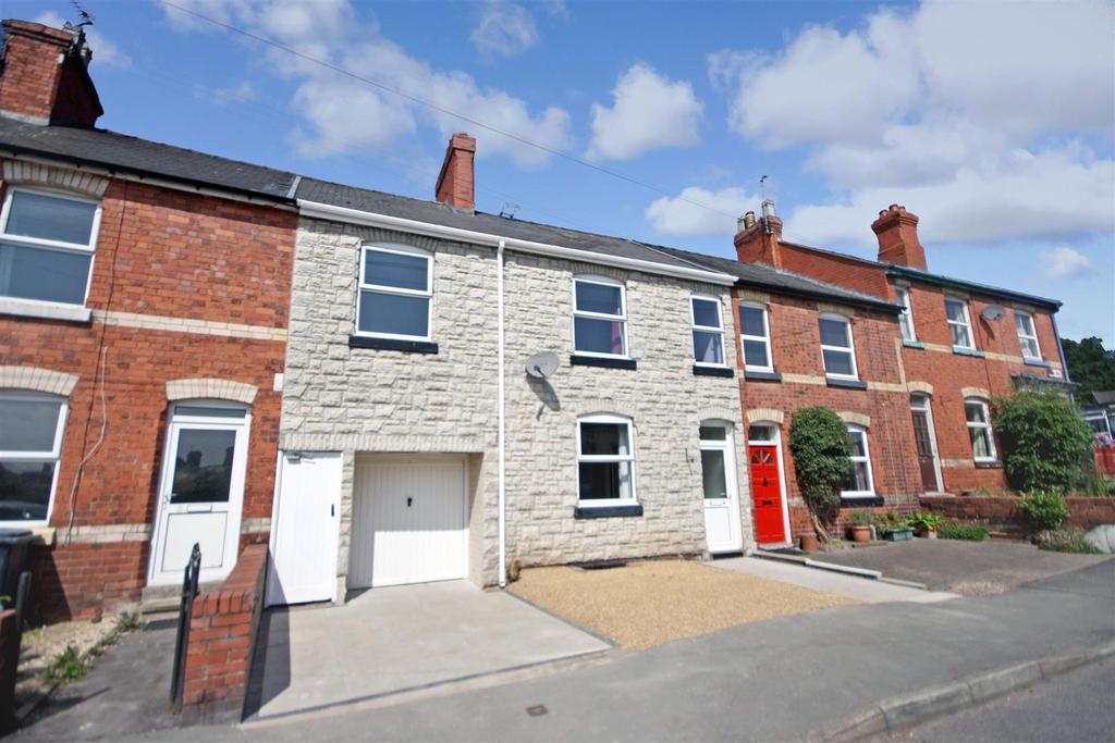 4 Bedrooms Terraced House for sale in Park Avenue, Oswestry
