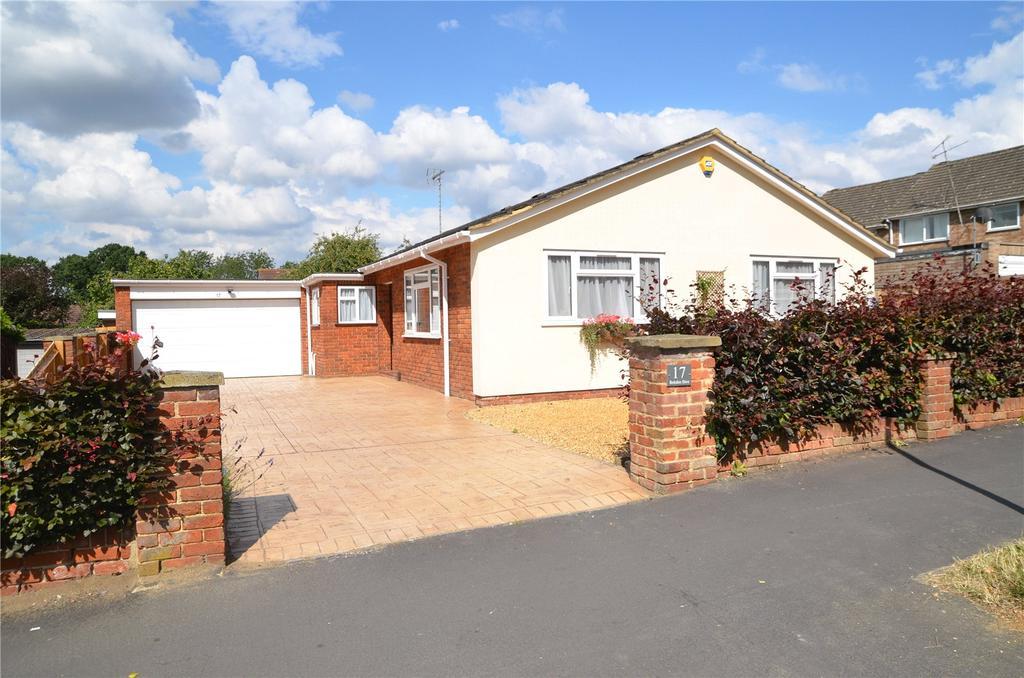 3 Bedrooms Detached Bungalow for sale in Berkshire Drive, Tilehurst, Reading, Berkshire, RG31