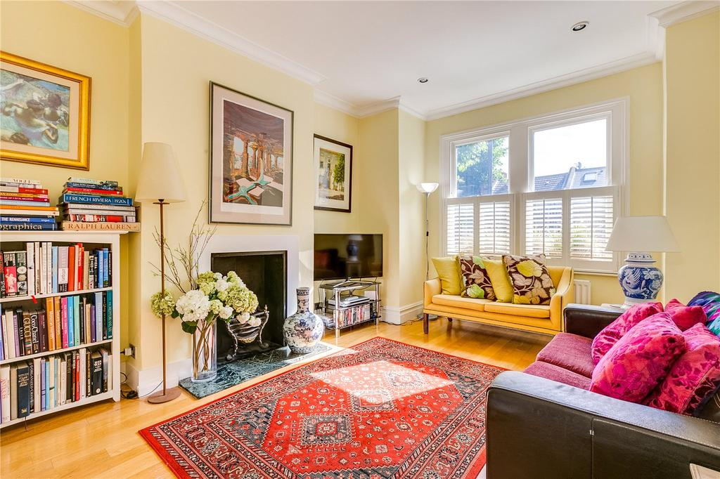 3 Bedrooms Flat for sale in Wandsworth Bridge Road, South Park, Fulham, LONDON