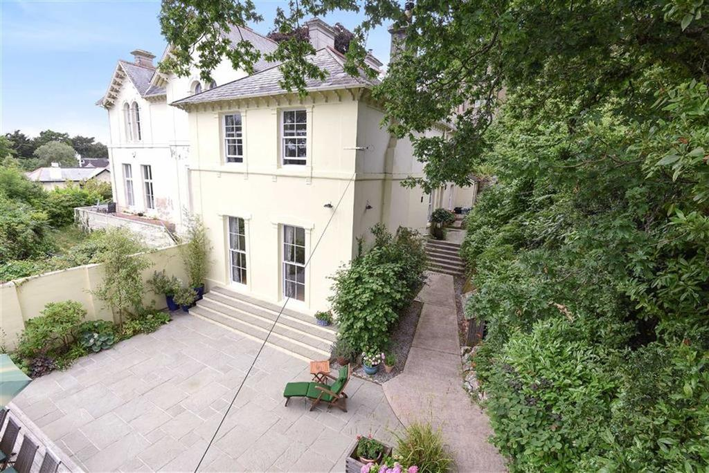 4 Bedrooms Semi Detached House for sale in East Wing, Laureston Lodge, Newton Abbot, Devon, TQ12