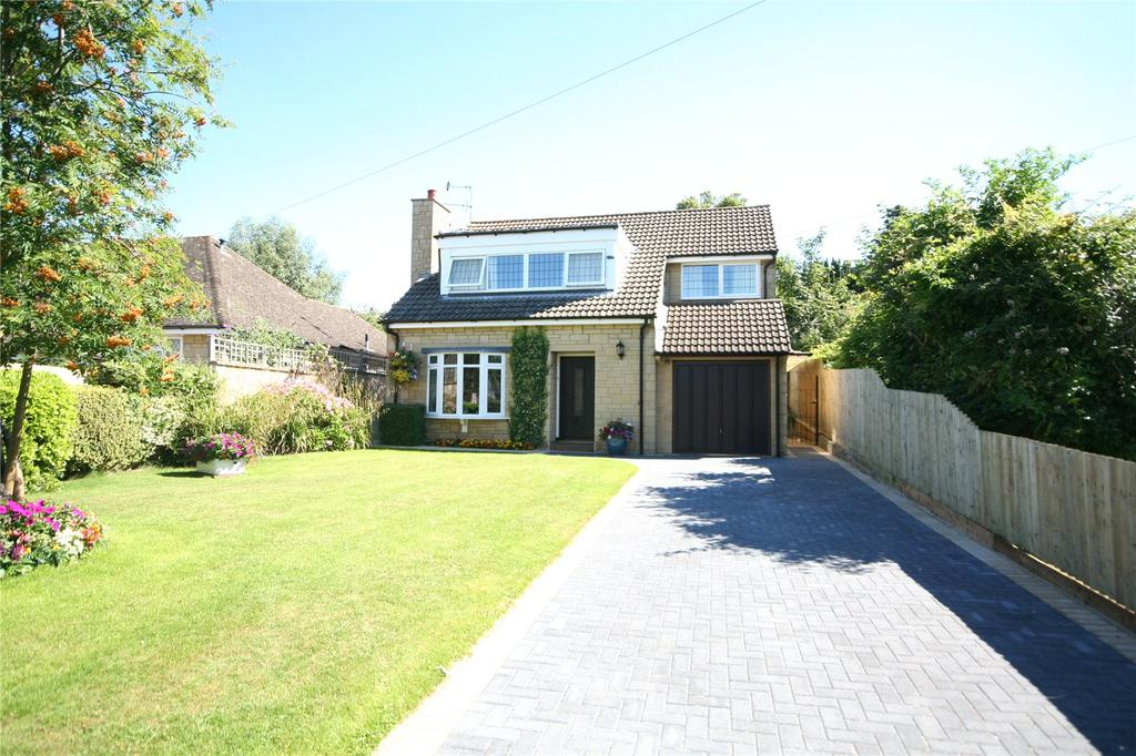 3 Bedrooms Detached House for sale in Charlton Drive, Charlton Kings, Cheltenham, GL53