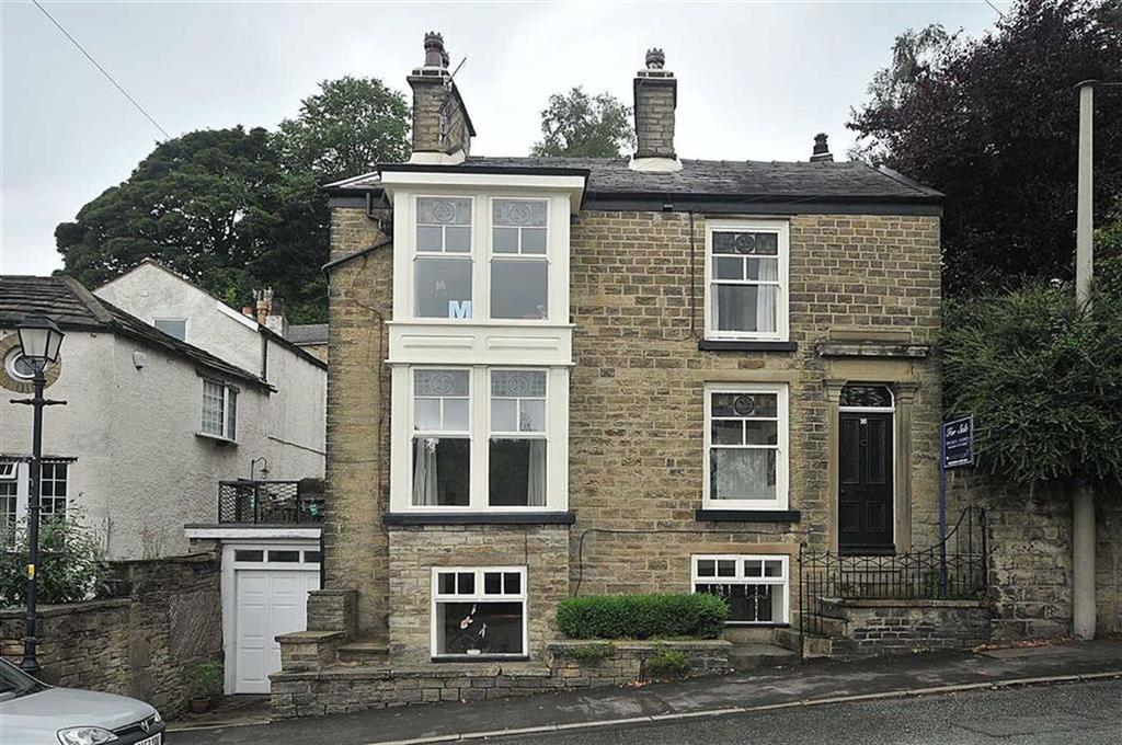 4 Bedrooms Detached House for sale in Shrigley Road, Bollington, Macclesfield