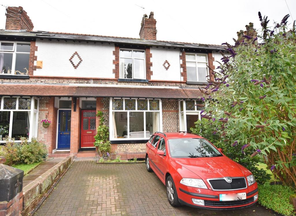 3 Bedrooms Terraced House for sale in Avon Road, Hale