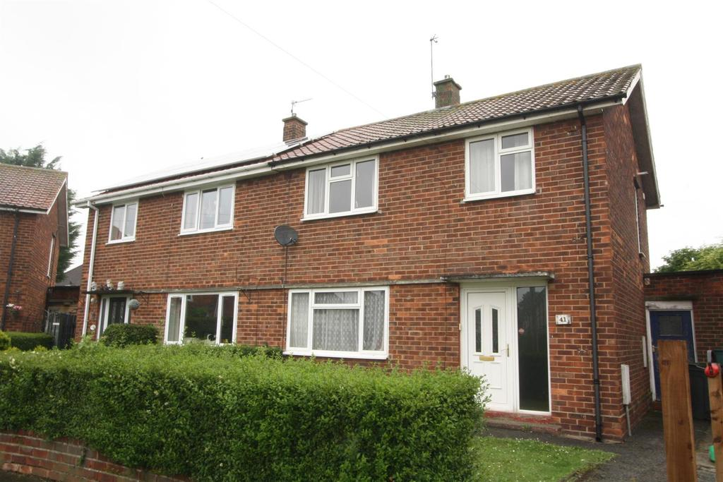 3 Bedrooms Semi Detached House for sale in Nightingale Avenue, Darlington