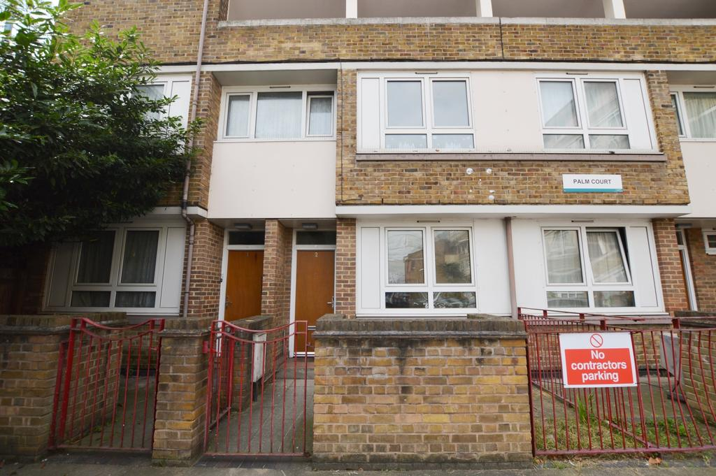 2 Bedrooms Flat for sale in Garnies Close Peckham SE15