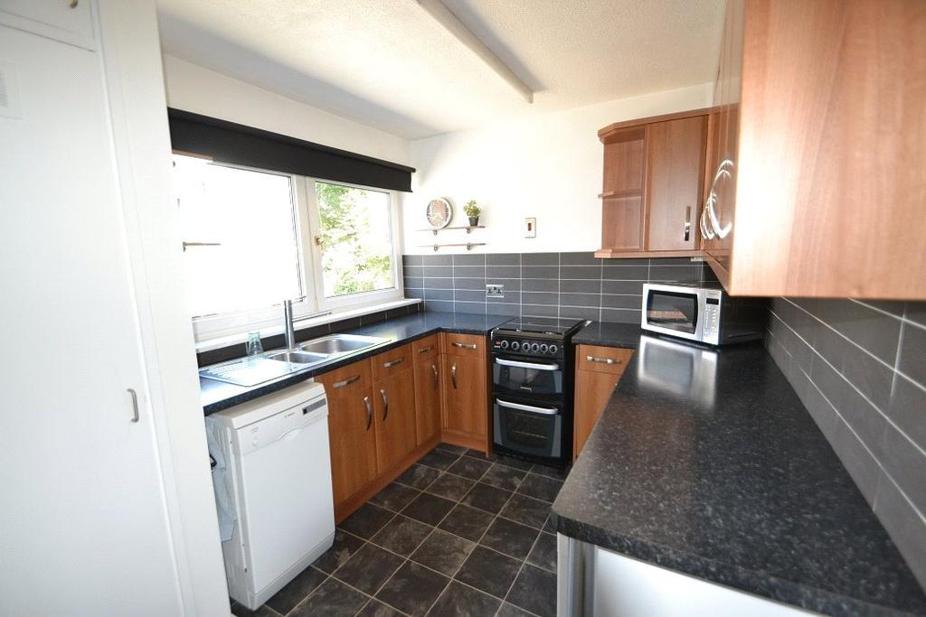 1 Bedroom Flat for sale in Bradley Close, Caledonian, London, N7