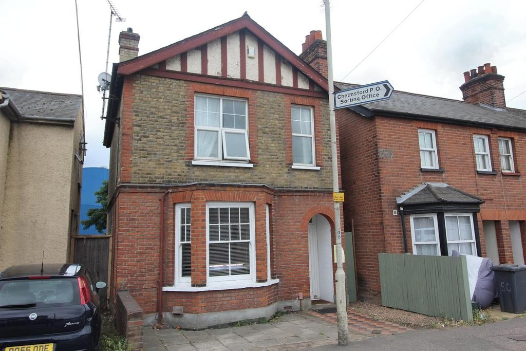 3 Bedrooms Detached House for sale in Victoria Road, Chelmsford, Essex, CM1