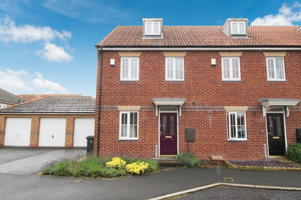 3 Bedrooms Town House for sale in Monarch Court, Newcastle Upon Tyne