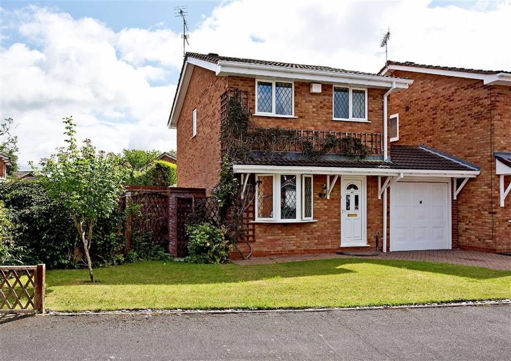 3 Bedrooms Detached House for sale in 40, St Andrews Drive, Perton, Wolverhampton, South Staffordshire, WV6