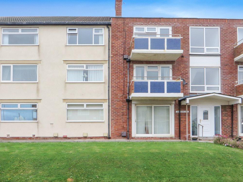 2 Bedrooms Apartment Flat for sale in Queens Court, Queen's Promenade, Bispham