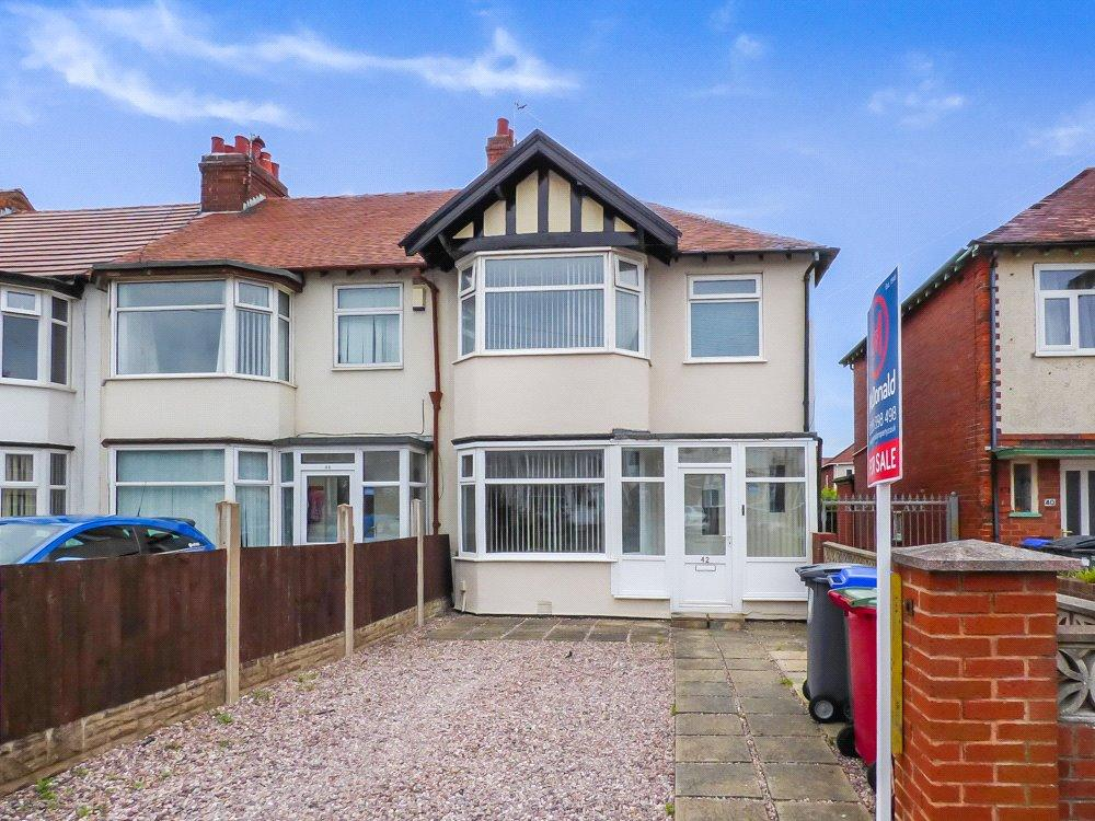 3 Bedrooms End Of Terrace House for sale in Repton Avenue, North Shore, Blackpool