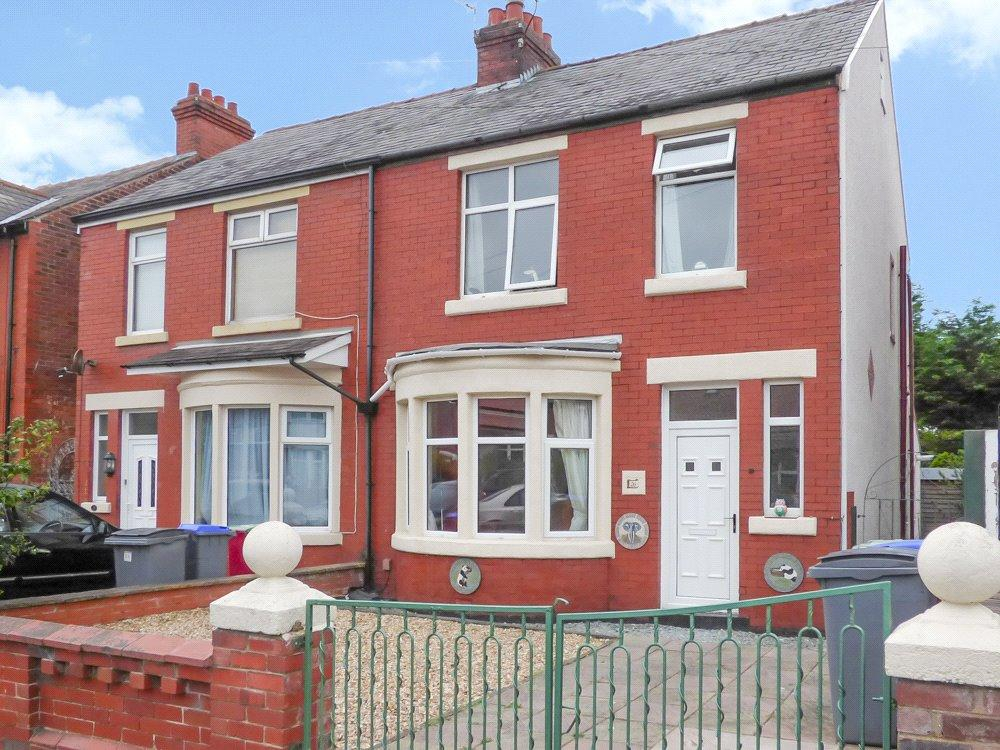 3 Bedrooms Semi Detached House for sale in George Avenue, Marton, Blackpool