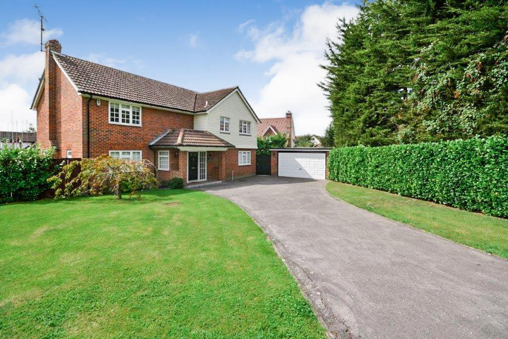 5 Bedrooms Detached House for sale in Howe Green