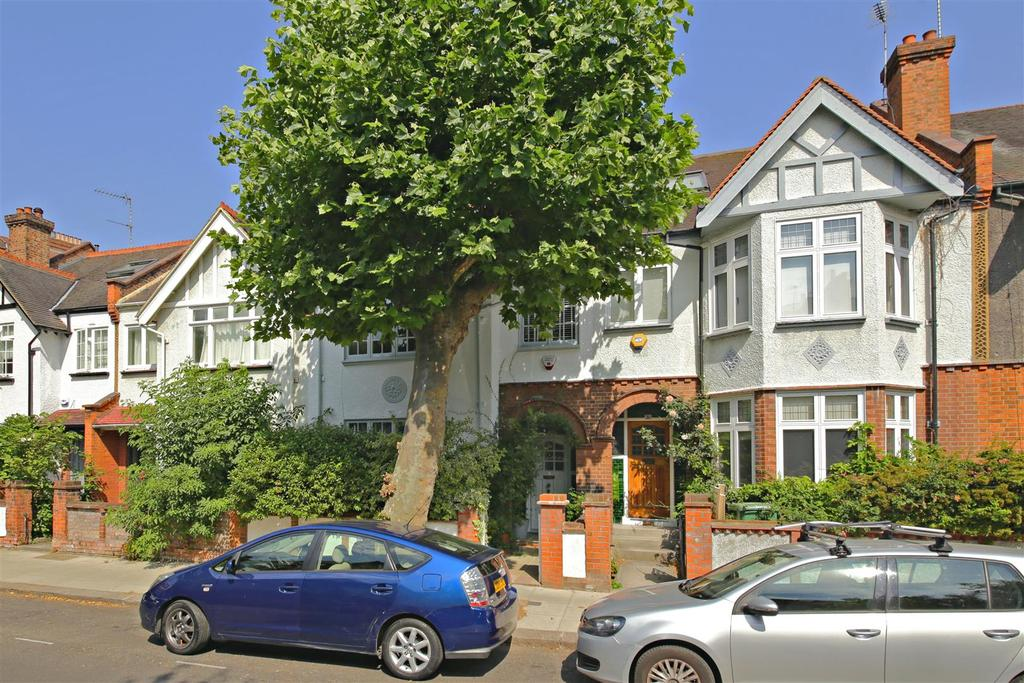 4 Bedrooms House for sale in Glenhurst Avenue, London