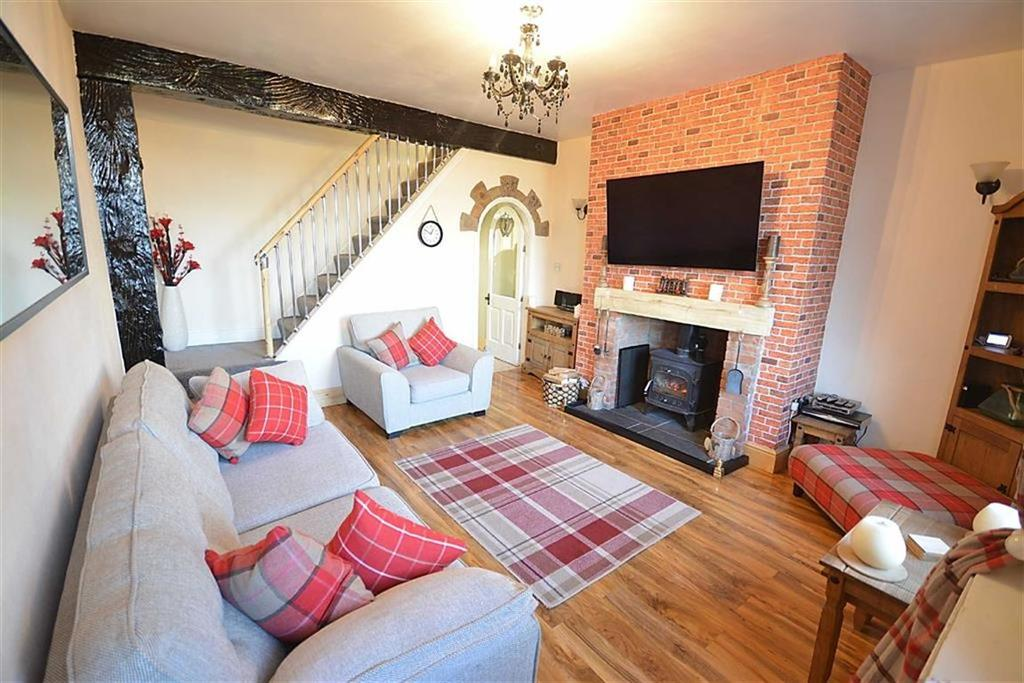 2 Bedrooms Cottage House for sale in Hill Street, Oswaldtwistle, BB5