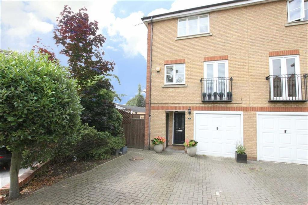 5 Bedrooms End Of Terrace House for sale in Sparkford Gardens, Friern Barnet, London