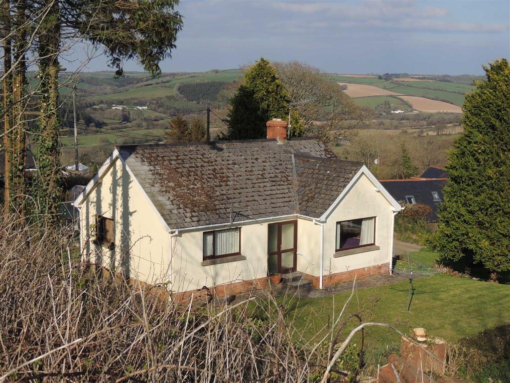 2 Bedrooms Bungalow for sale in High Bickington, Umberleigh, Devon, EX37