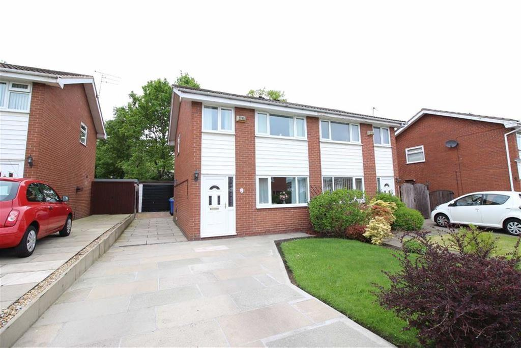 3 Bedrooms Semi Detached House for sale in Bowness Road, Timperley