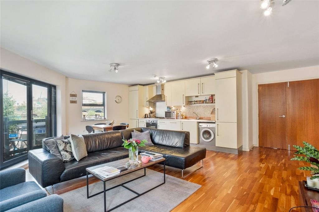 2 Bedrooms Flat for sale in Quaker Street, Spitalfields, London, E1