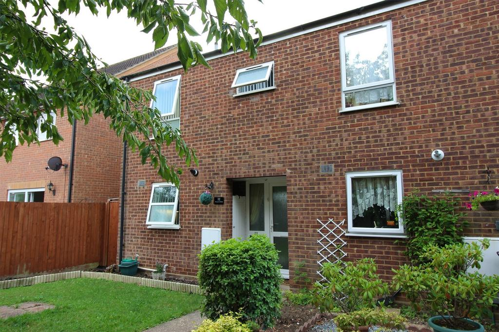 2 Bedrooms End Of Terrace House for sale in Maple Drive, Shefford, Bedfordshire