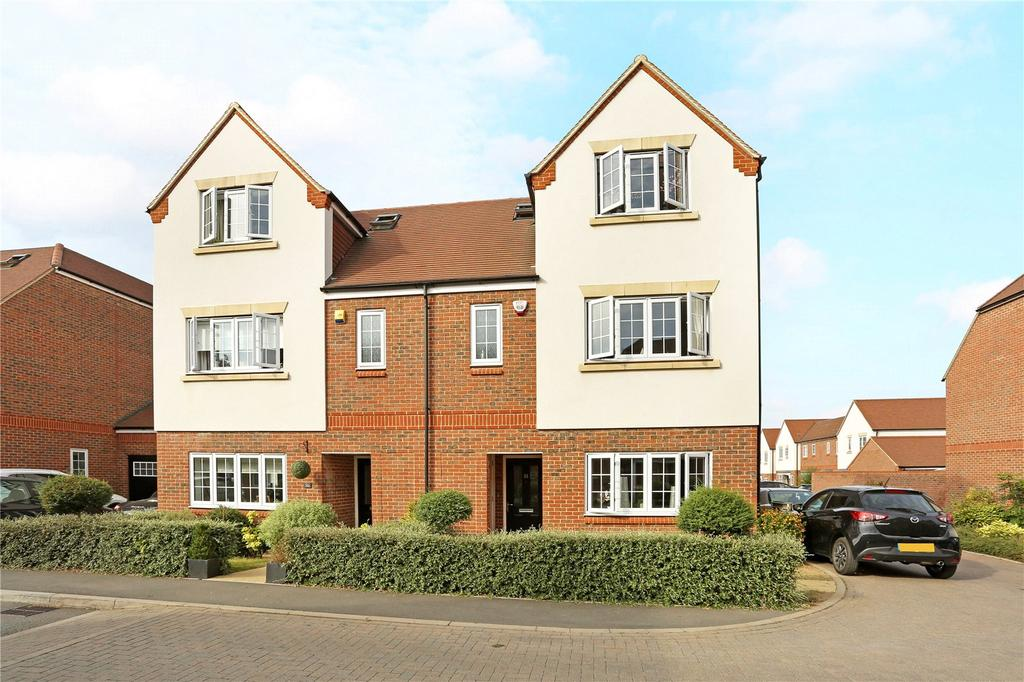 4 Bedrooms Semi Detached House for sale in Cassius Drive, Kings Park, St. Albans, Hertfordshire, AL3