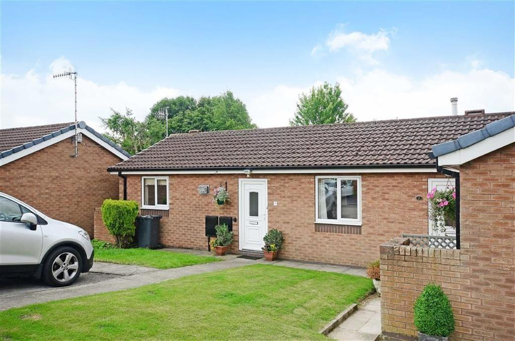 2 Bedrooms Bungalow for sale in 4, Ullswater Park, Dronfield Woodhouse, Dronfield, Derbyshire, S18