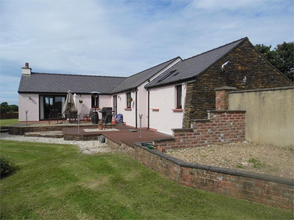 4 Bedrooms Detached House for sale in Yr Ydlan, St Davids Road, Letterston, Haverfordwest, Pembrokeshire