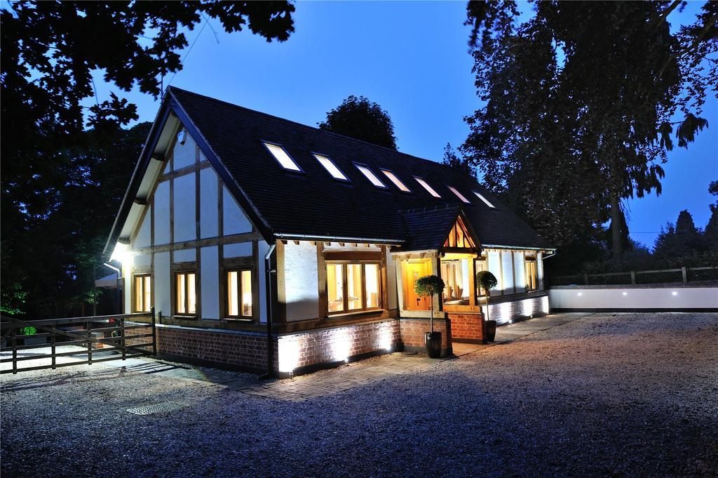3 Bedrooms Detached House for sale in Romsley, Halesowen
