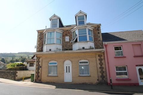 3 bedroom flat to rent - High Street, Combe Martin