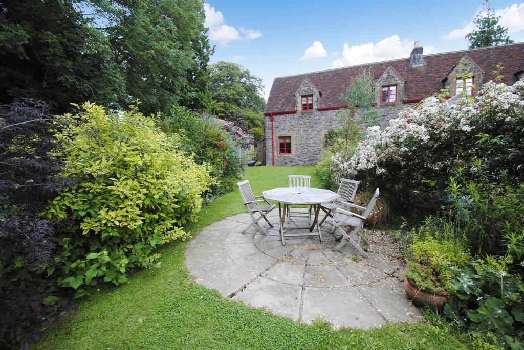 3 Bedrooms Unique Property for sale in Huntsham, B'n Wiveliscombe and Bampton