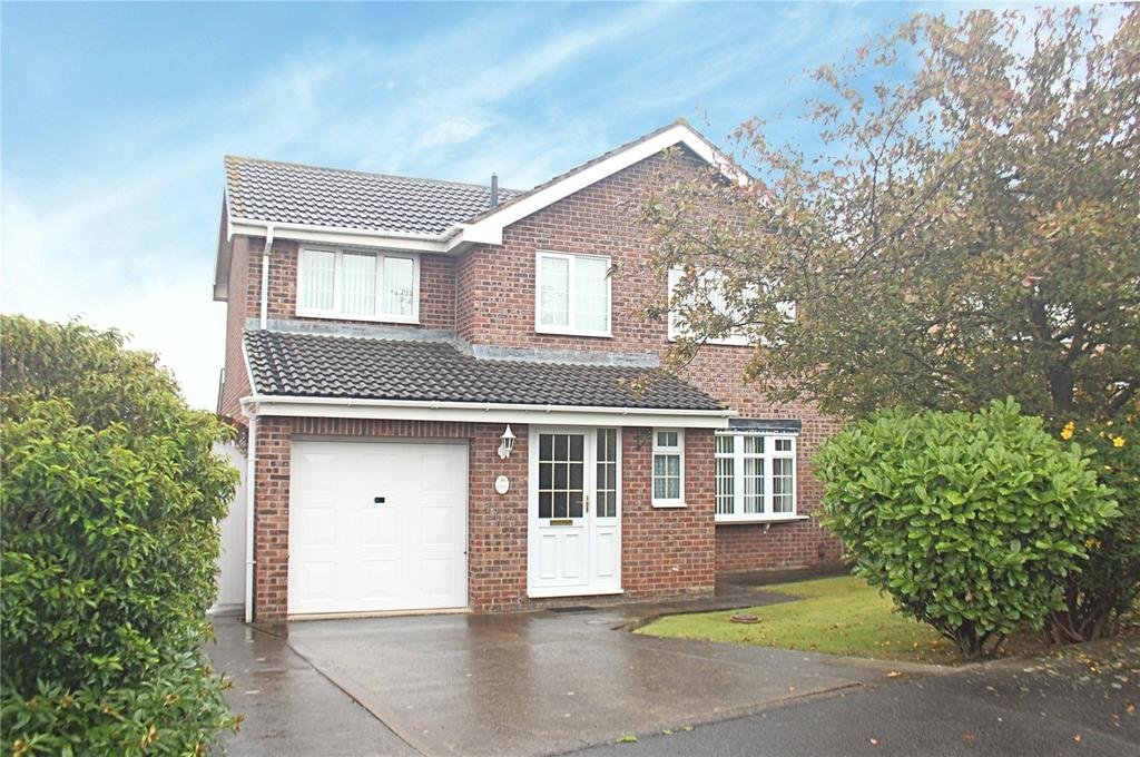 3 Bedrooms Detached House for sale in Pipit Close, Ingleby Barwick