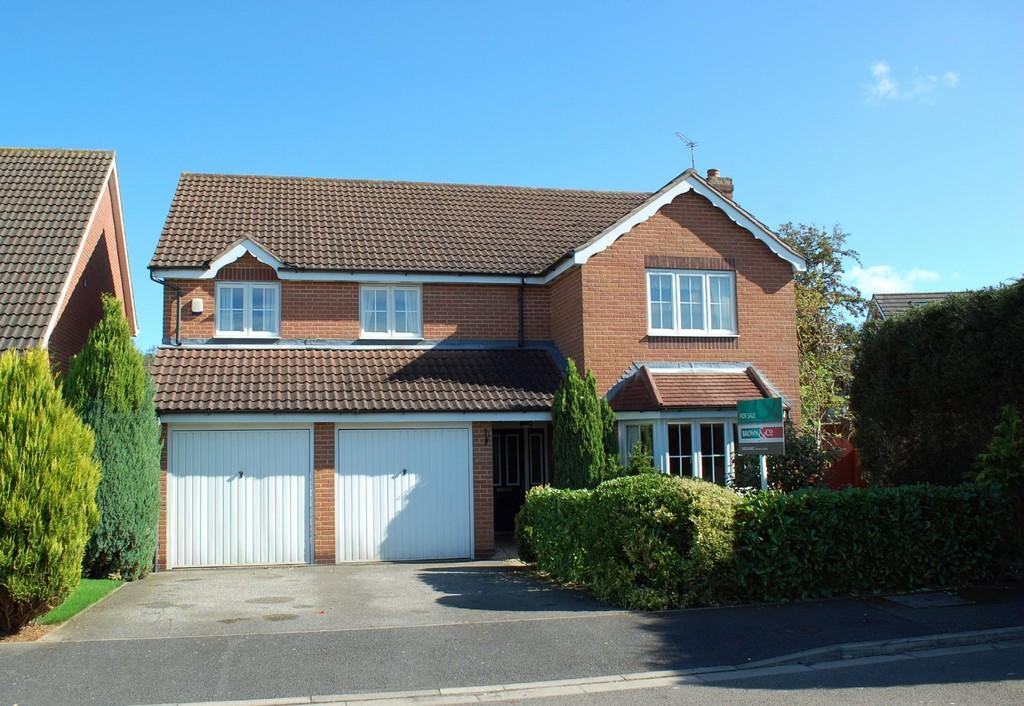 5 Bedrooms Detached House for sale in Fairfields, Kirton Linsey
