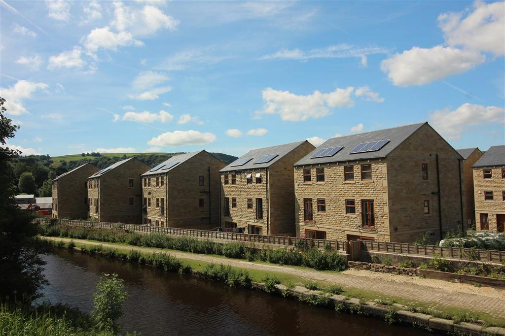 4 Bedrooms Semi Detached House for sale in Mill Bank Close, Todmorden, Derdale Street, Todmorden